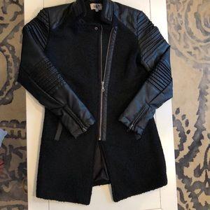 Women's Jolt jacket size small.